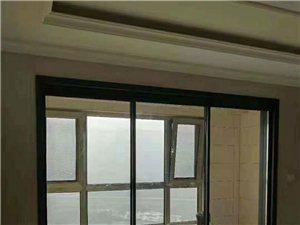 专业团队安装门窗,封闭阳台,换玻璃窗户