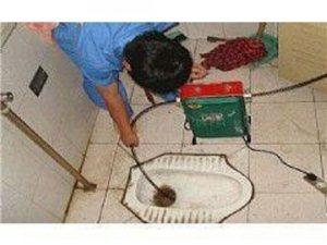 青岛老师傅投下水马桶维修疏通,上下水维修