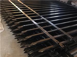 珠海專業院墻欄桿鋅鋼圍墻護欄市政園林欄桿生產安裝
