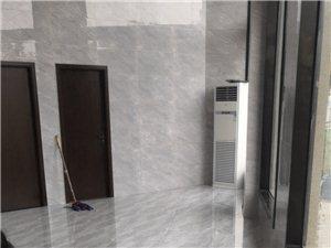 百业保洁:钟点工:清洗抽烟机窗帘