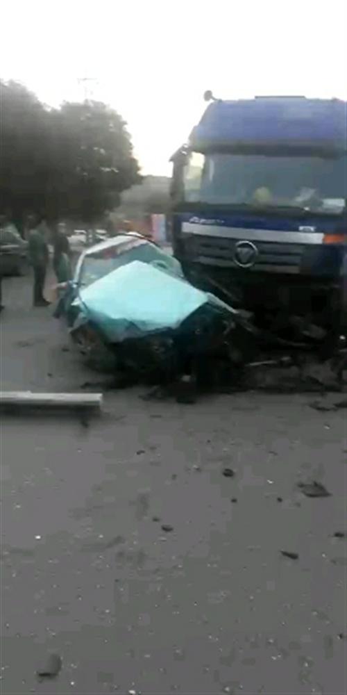 7月4日,杜村附近,出租车惨了