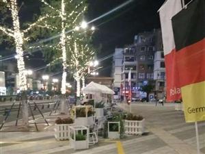 新的中心好像来了,地高天阶汇的商场陆续开业了,华亮园艺也开始了忙碌