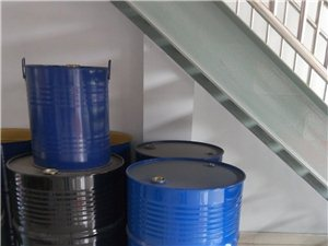 化工用的�F桶・��\桶・有需要的�系