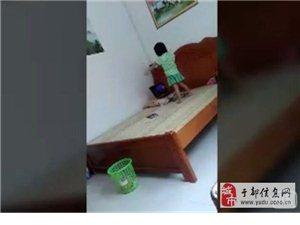 晨光幼儿园学生徐云馨在家自练舞蹈