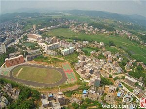 千年古�――佗城