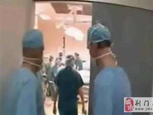 肚子都要撑破了!一胎11个孩子10多个医生接生