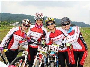 琼海阿七单车俱乐部8月27日参加海南省自行车联赛澄迈(文儒)站随拍