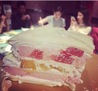 爱吃榴莲千层蛋糕的都进来看看