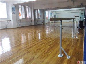 安岳县城教室出租,每间教室价格低至40元/课次