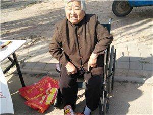 阜城有个八旬赵老太,手工制品卖得快!
