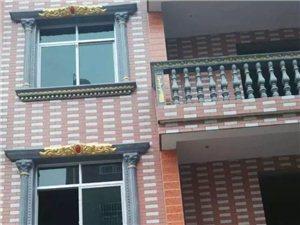 单家独院别墅便宜出售,市中心