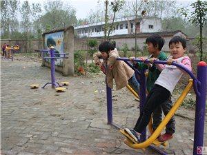 阜南县打工仔张志德不忘回报母校捐赠体育器材受点赞
