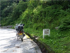 摩托车西藏游,从上海人民广场0公里出发开始G318国道到西藏樟木之旅