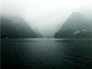 雨中探访湖北长阳麻池古寨