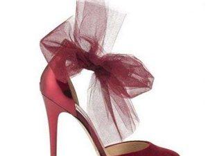 """每个姑娘在婚礼上都想要的""""水晶鞋"""""""