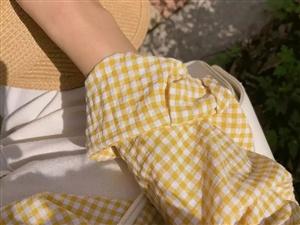 夏季搭配:格纹单品+它!简单又时髦,谁穿都好看!