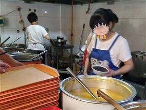 【逛吃大潢川】第2期:潢川这家店汇集早晚餐,想吃上一嘴还需排着长队!