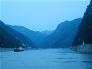 小三峡――神女峰