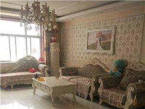 出售富泰西行 名人公寓 三室��d