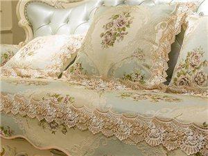家里的老旧沙发不要扔,换个沙发套,比新买的还漂亮!