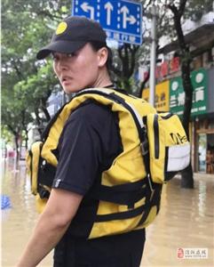 皮劃艇世界冠軍參與臺風救援!學以致用的最高境界