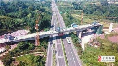 川南城际高铁富顺高坡双线大桥顺利合龙,富顺的高铁时代来了!