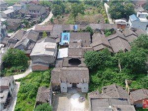 焦和村:山野民居品得历史悠远