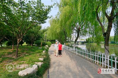 宿州:街头游园助力文明城市创建