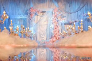 P图vs实景,婚礼现场相差太多了,原来婚庆布置也有骗照,新人们小心!