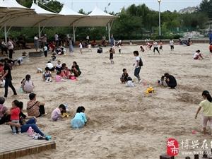 """博兴人民公园好""""热闹"""",都来这里玩,有健身、游玩、休闲娱乐……"""