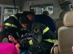 寻乌一男子腿被卡施工机器内,消防紧急解救,为他们点赞!【附视频】