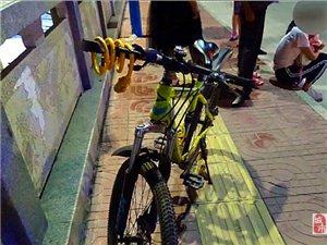 寻乌一中学生骑车闯红灯被撞,交警判决来了,交通安全不容忽视!