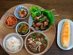 每天有这样不同的饭菜,宁愿每天一个人过。 ????