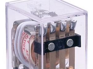 继电器与接触器?#24515;?#20123;区别?