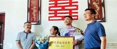 "鄱�首例""零彩�Y""出�F,瞬�g刷爆朋友圈……"