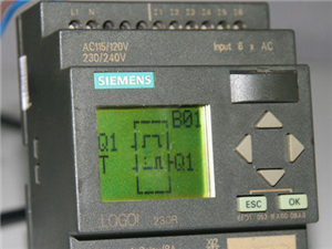 PLC与变频器连接方法都?#24515;?#20123;?