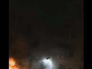 凌晨4�c,�|山街道南一民房�鹊昝姘l生火�模�造成3人死亡1人受��!