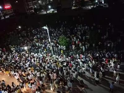 2019-10-12-22时58分广西玉林市发生5.2级地震!吴川震感明显!