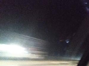 有种劫后重生的感觉,潢川出租车司机真是不要命了呀!