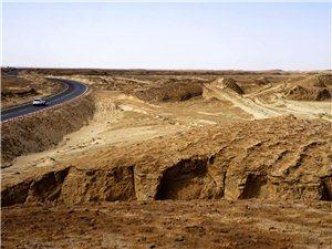 新疆自驾游(八)柴达木无人区、水上雅丹