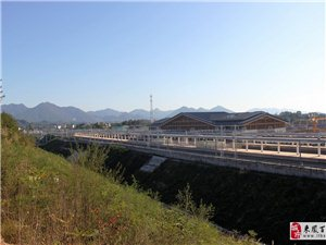 黔张常铁路龙山北站建设速度