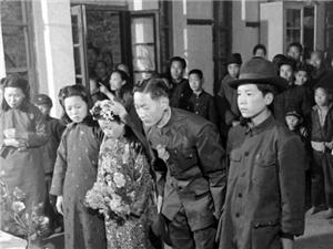 �西�R潼,70年多前的老照片,�R�^下逝去的�v史
