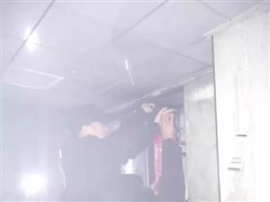 【社�^安全】警��L�Q!老街G6一�I主家�N房起火,物�I及�r�缁穑�大��的�