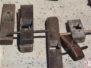 滑�h集市稀罕玩意�赫娑啵∵�有夏商�r期的青�~器……