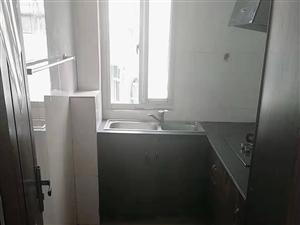 中港小区三室一厅房屋出售
