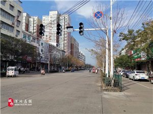 快看!潢川这个十字路口装红绿灯了,即将投入使用...