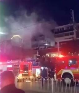 昨夜,宿州城隍�R商城火�挠制穑��F�����L�L...