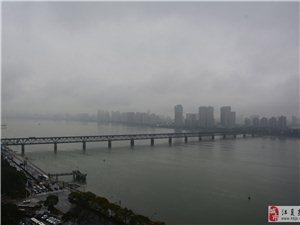 杭州六和塔及�X塘江景