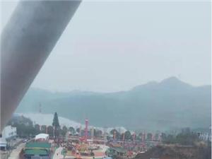 青港湖旁的黄石欢乐世界 已经开园了