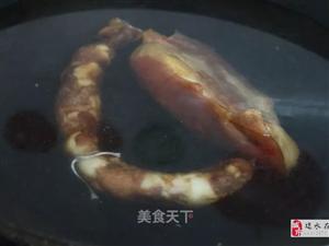 【美食分享】�D肉丁炒青豆:咸香�m口,色香味�猓�很是下�